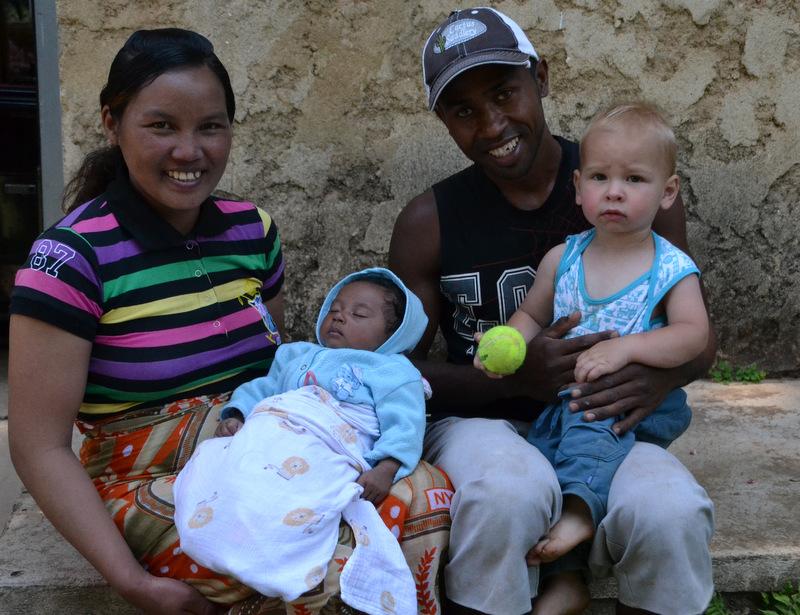 Ndrasena, Onja his wife, baby Evah and Ezekiel (that's my kid!) :-)