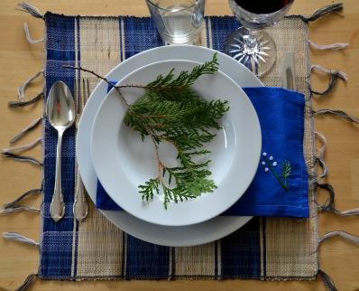 Blue hand-embroidered serviettes, set of 8