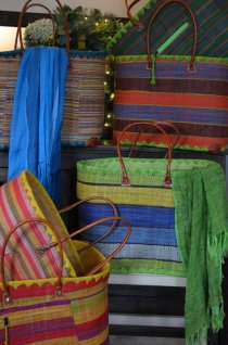 Large 'market basket' in (many) assorted colours