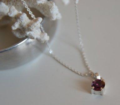 Tourmaline pendant and Recycled-Aluminium cuff bracelet